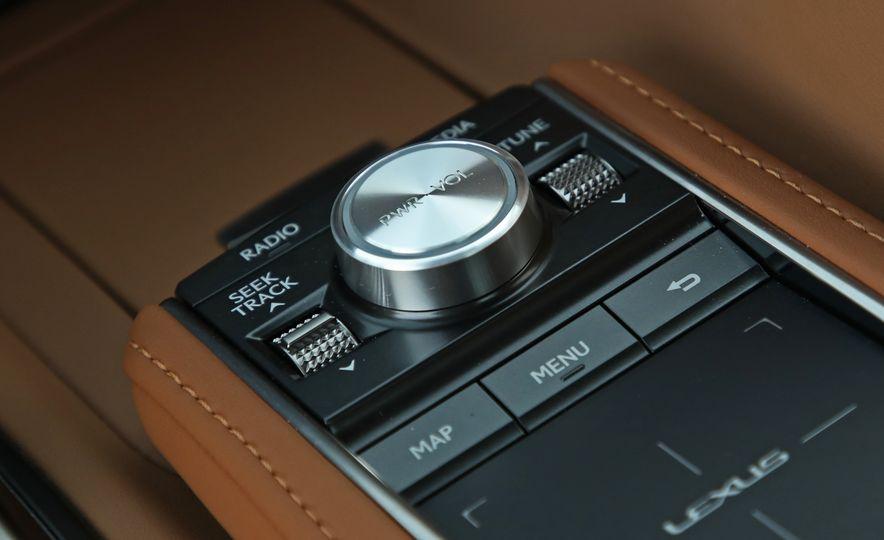 2018 Lexus LC500h - Slide 77