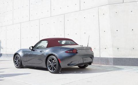 2018 Mazda Mx 5 Miata Adds New Red Softtop Color News Car And Driver