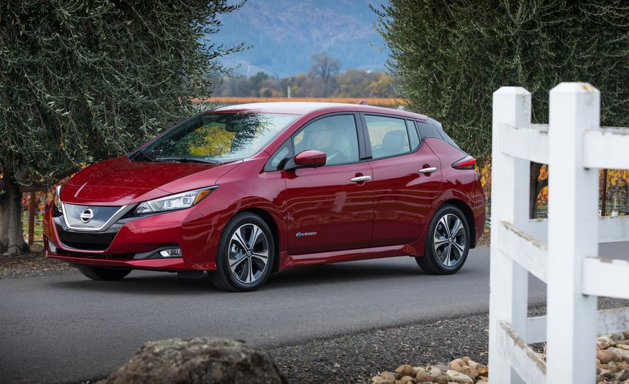 2018 Nissan Leaf - Slide 11