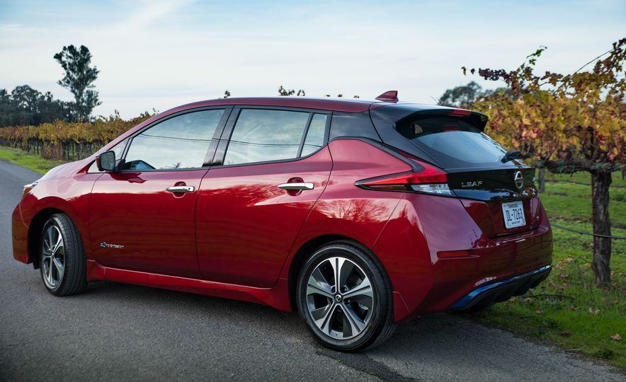 2018 Nissan Leaf - Slide 14