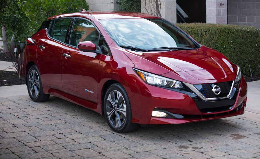 2018 Nissan Leaf - Slide 23