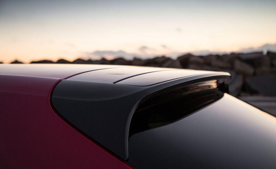 2018 Porsche Panamera Turbo S E-Hybrid Sport Turismo - Slide 51