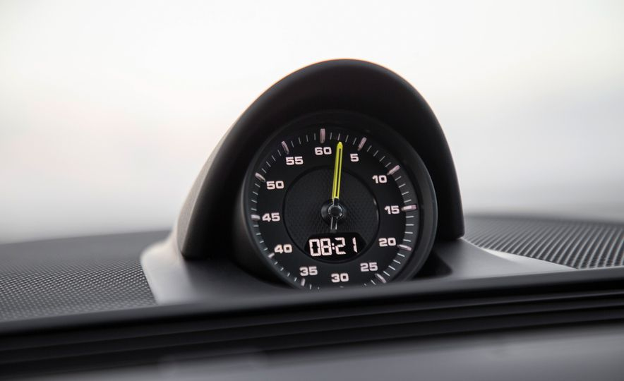 2018 Porsche Panamera Turbo S E-Hybrid Sport Turismo - Slide 56