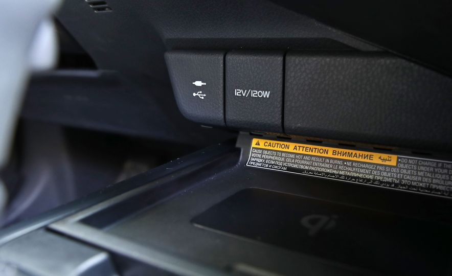 2018 Toyota Camry XSE - Slide 44