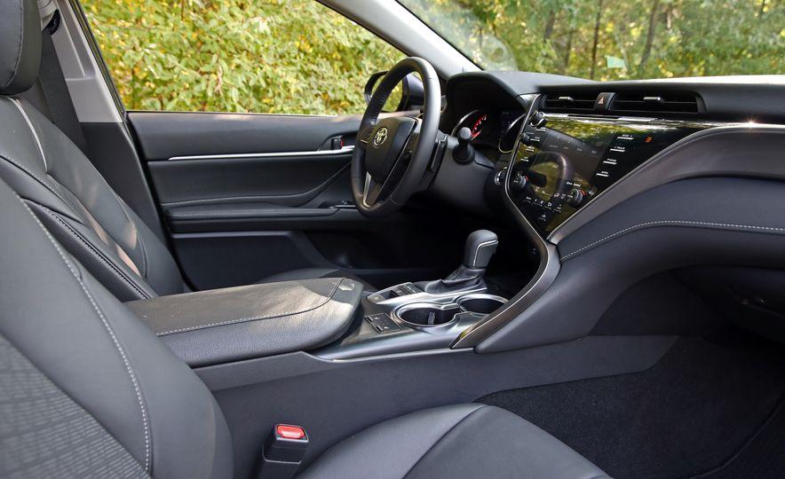 2018 Toyota Camry XSE - Slide 51