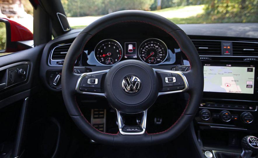 2018 Volkswagen Golf GTI - Slide 33