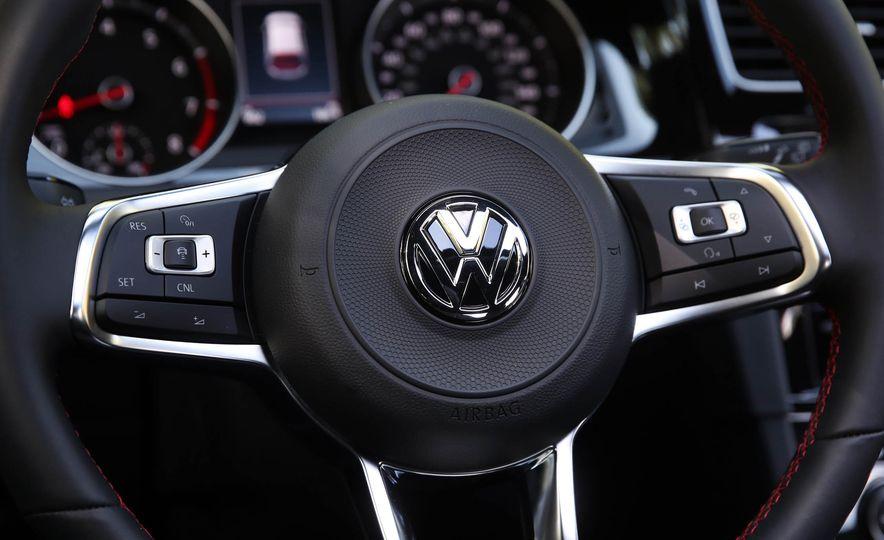2018 Volkswagen Golf GTI - Slide 35