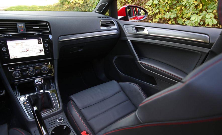 2018 Volkswagen Golf GTI - Slide 51