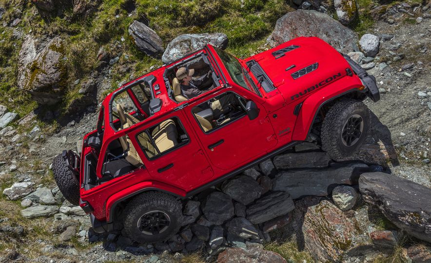 Jeep Things: What to Know About the All-New 2018 Wrangler - Slide 14