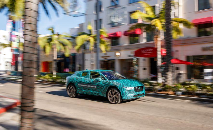 2019 Jaguar I-Pace prototype - Slide 2