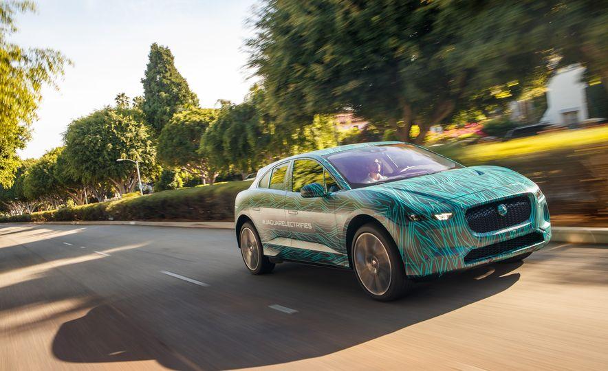 2019 Jaguar I-Pace prototype - Slide 6