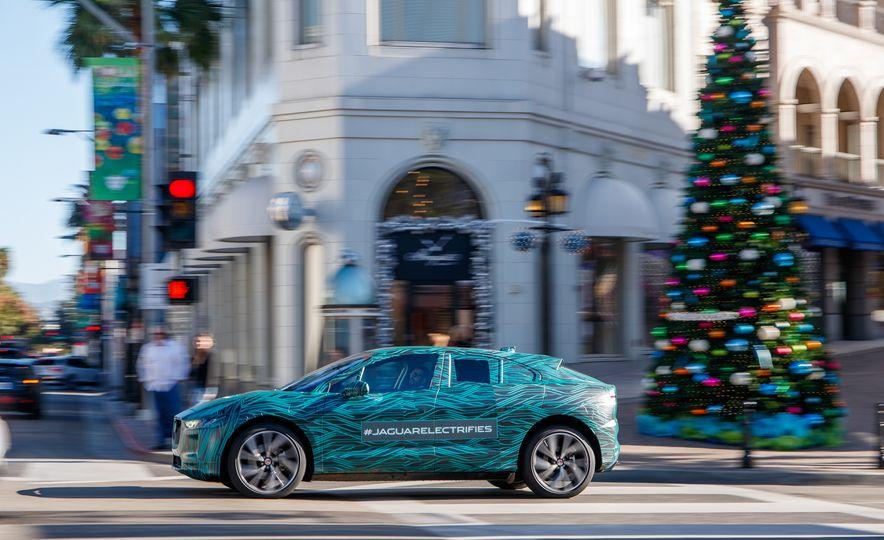 2019 Jaguar I-Pace prototype - Slide 13