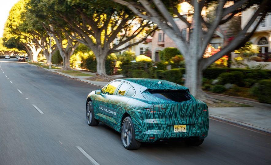 2019 Jaguar I-Pace prototype - Slide 17
