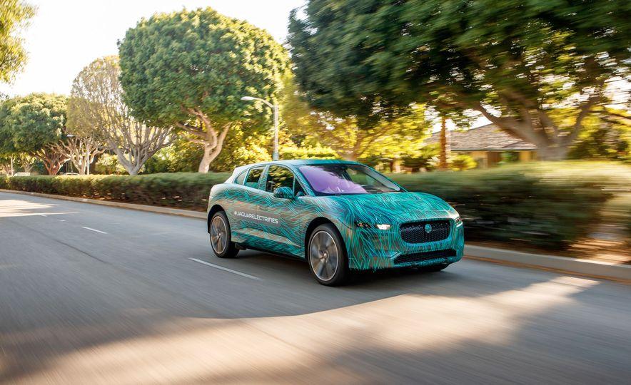 2019 Jaguar I-Pace prototype - Slide 1
