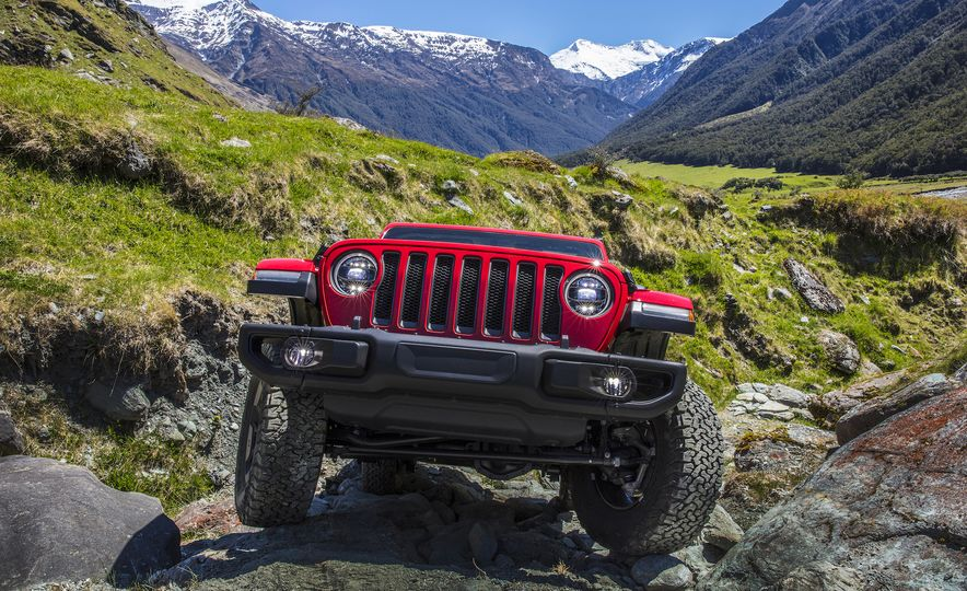 Jeep Things: What to Know About the All-New 2018 Wrangler - Slide 7