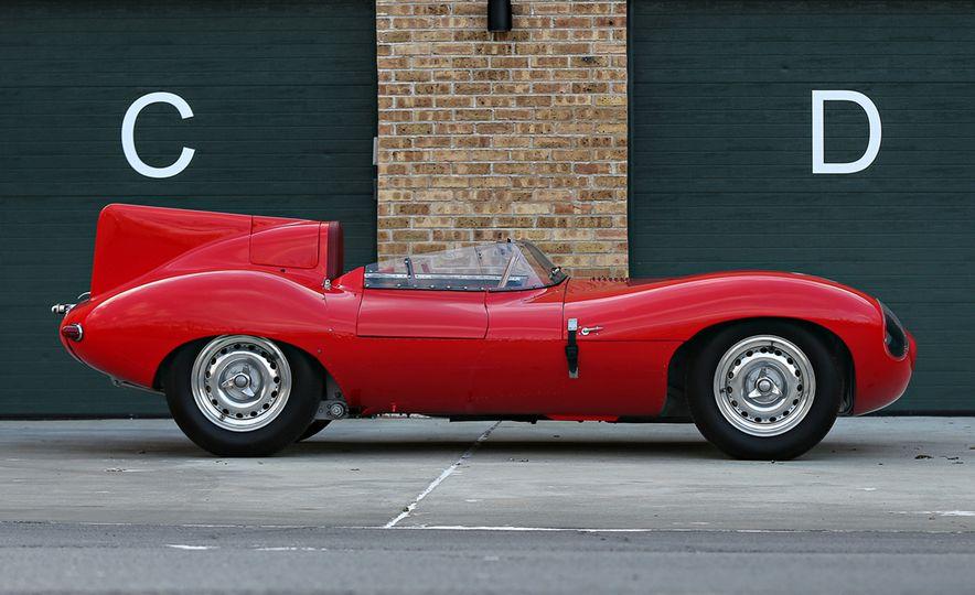 1956 Jaguar D-Type - Slide 3