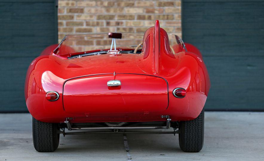 1956 Jaguar D-Type - Slide 5
