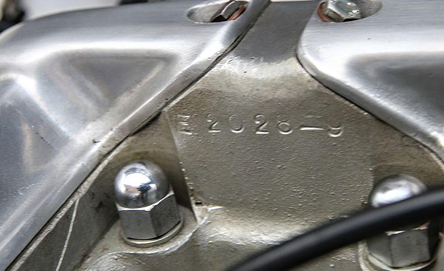 1956 Jaguar D-Type - Slide 19
