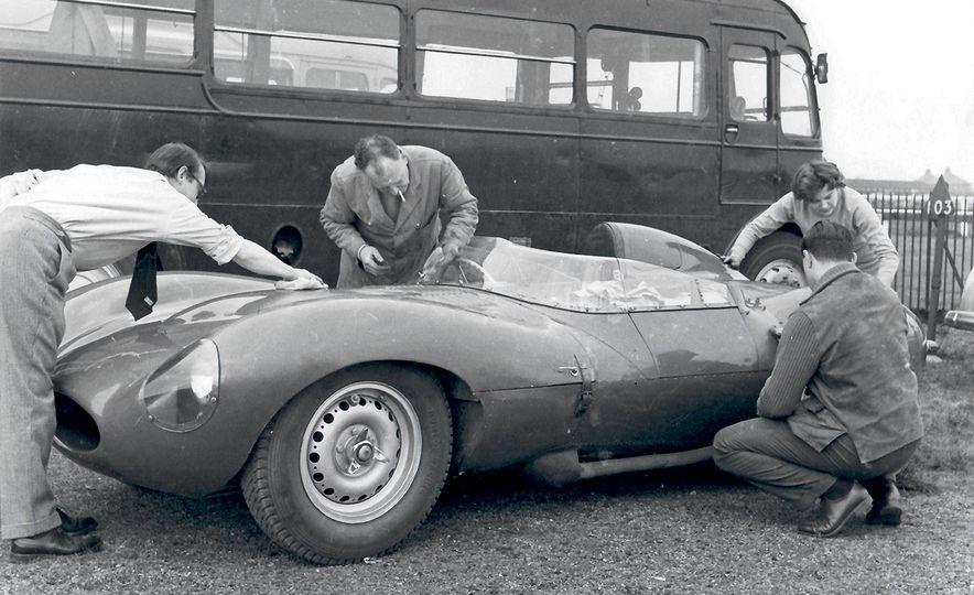 1956 Jaguar D-Type - Slide 25
