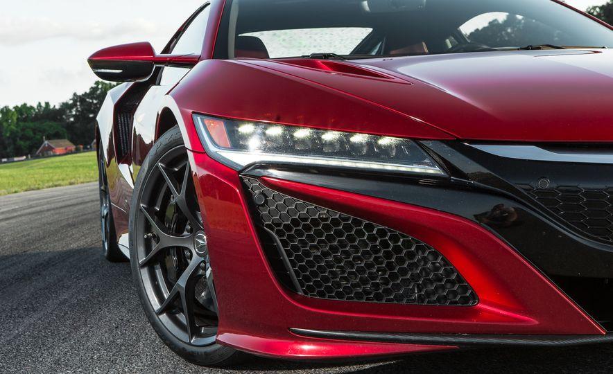 2017 Acura NSX - Slide 15