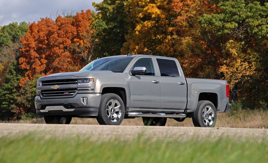 The Best-Selling Vehicles of 2017 Aren't All Trucks and SUVs (Just Most of Them) - Slide 20