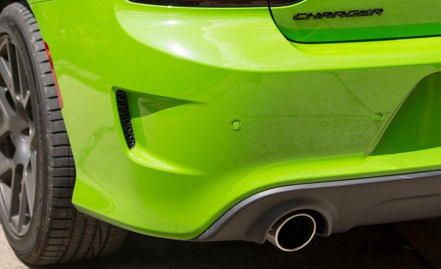 2017 Dodge Charger - Slide 24