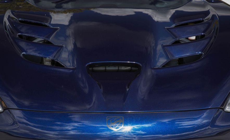 2017 Dodge Viper ACR - Slide 28