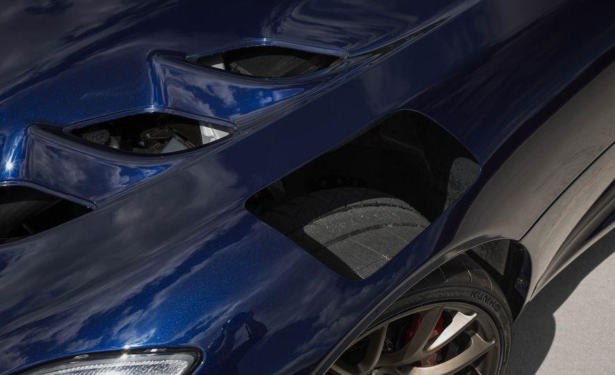 2017 Dodge Viper ACR - Slide 29