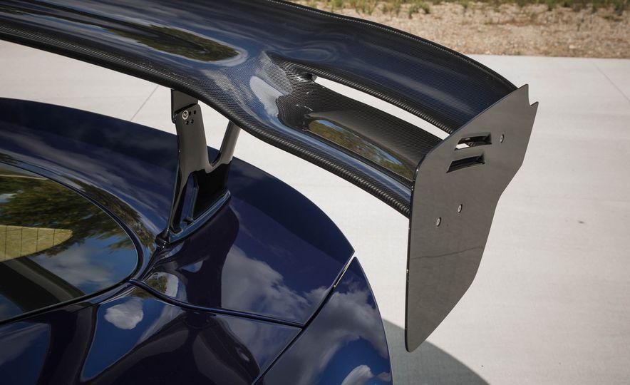 2017 Dodge Viper ACR - Slide 32