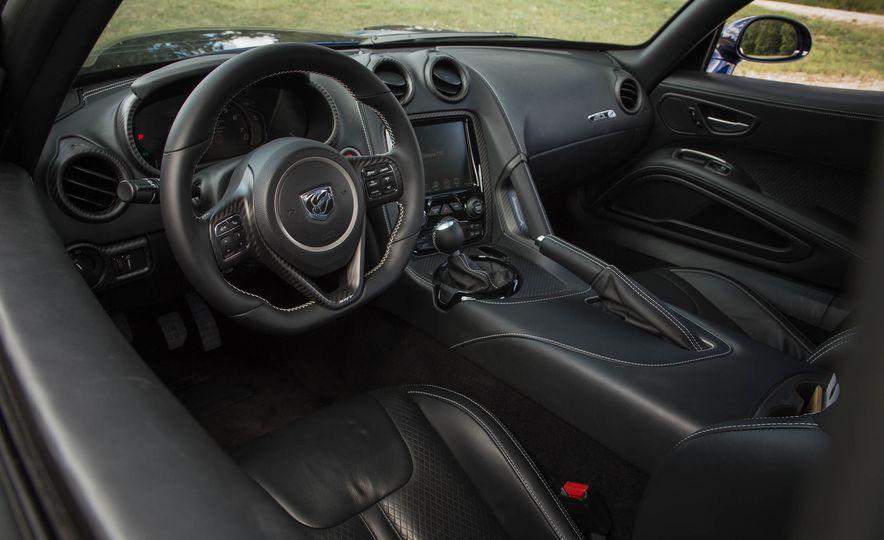 2017 Dodge Viper ACR - Slide 39