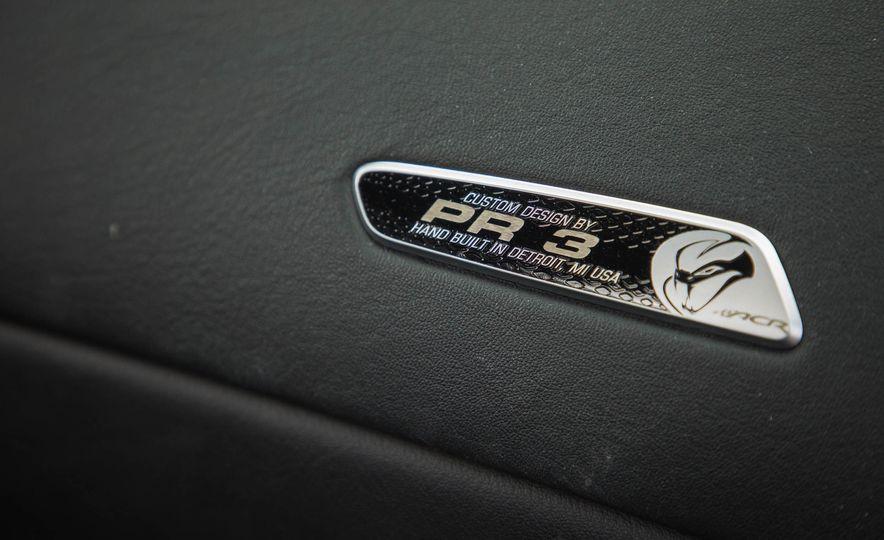 2017 Dodge Viper ACR - Slide 40