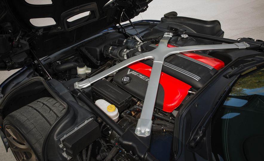 2017 Dodge Viper ACR - Slide 42