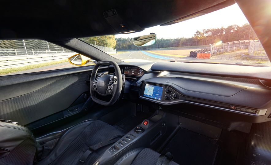 2017 Ford GT - Slide 20