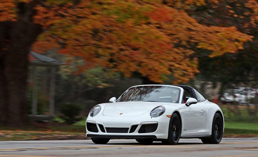 2017 Porsche 911 Targa 4 GTS Manual - Slide 2