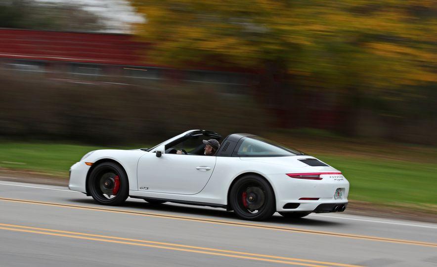 2017 Porsche 911 Targa 4 GTS Manual - Slide 5