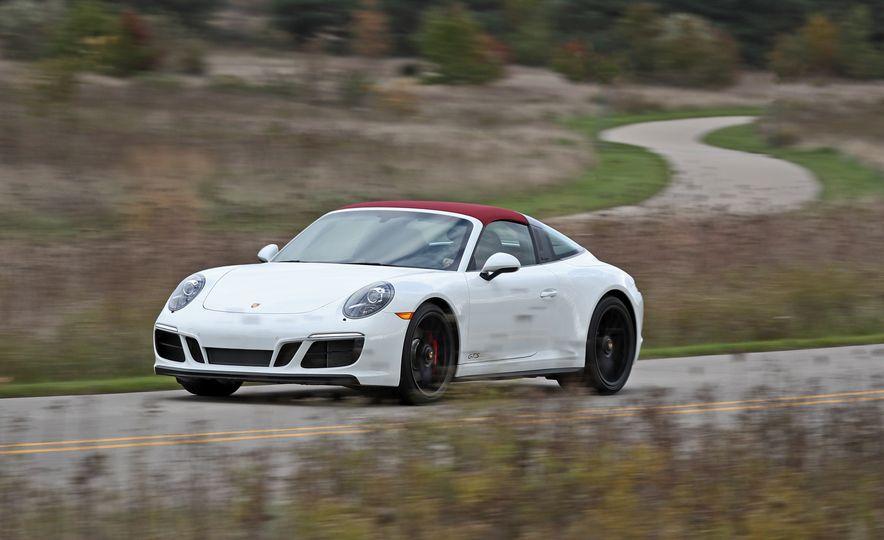 2017 Porsche 911 Targa 4 GTS Manual - Slide 9