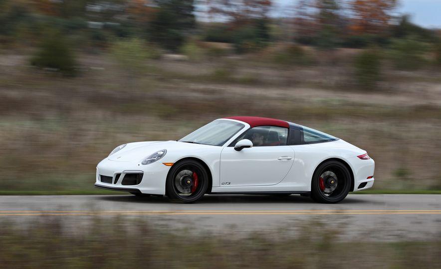 2017 Porsche 911 Targa 4 GTS Manual - Slide 11