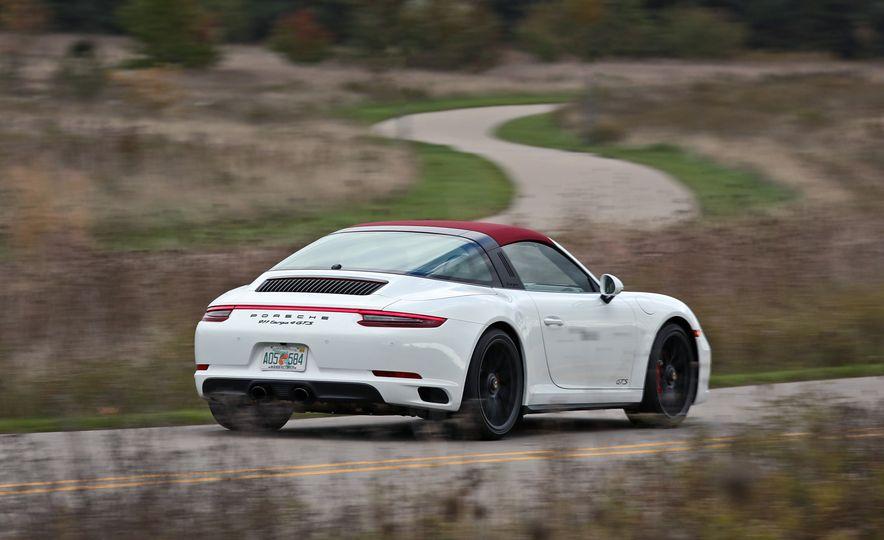 2017 Porsche 911 Targa 4 GTS Manual - Slide 14