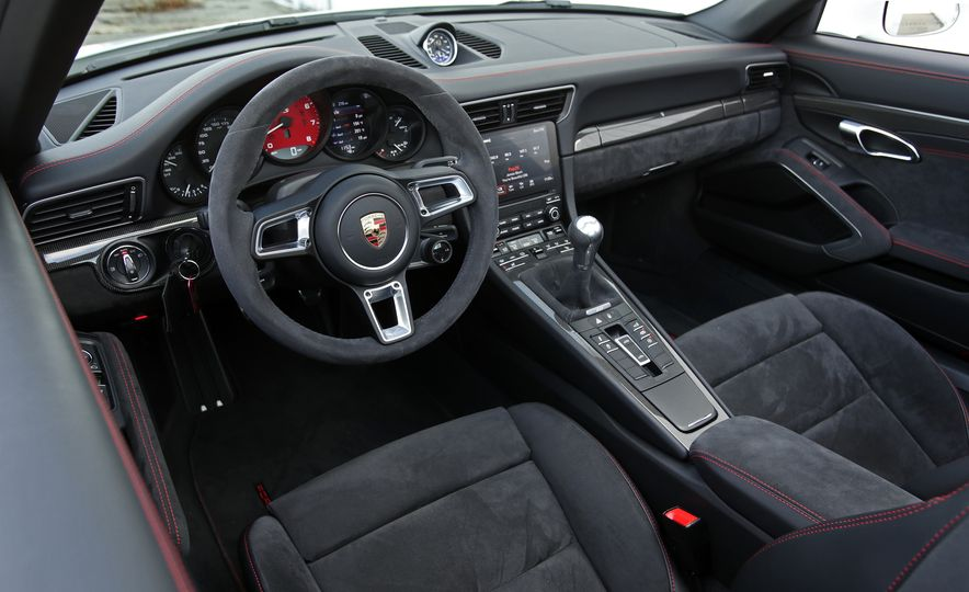 2017 Porsche 911 Targa 4 GTS Manual - Slide 51