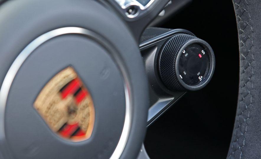 2017 Porsche 911 Targa 4 GTS Manual - Slide 54
