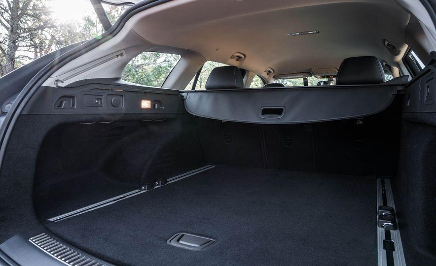 2018 Buick Regal TourX - Slide 44