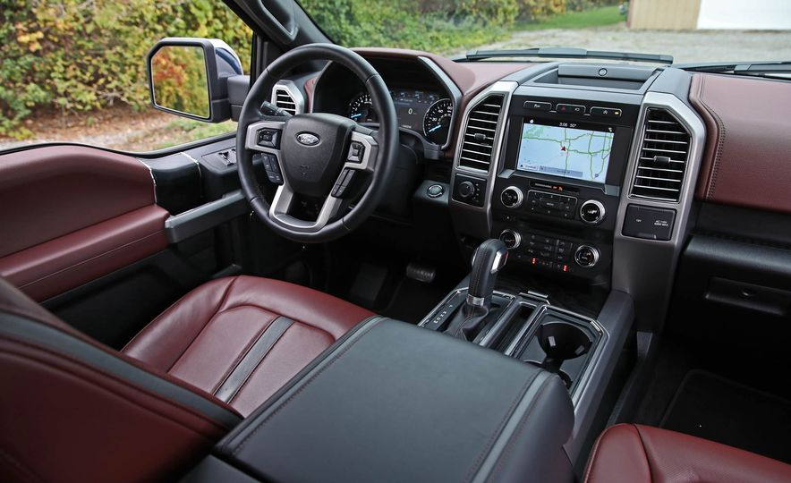 2018 Ford F-150 Platinum - Slide 30