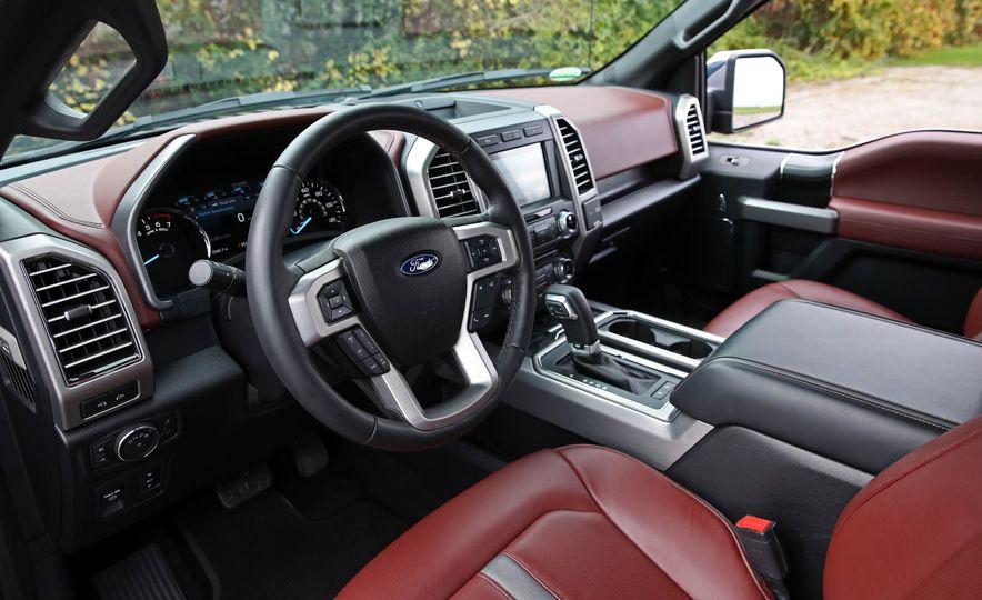 2018 Ford F-150 Platinum - Slide 31
