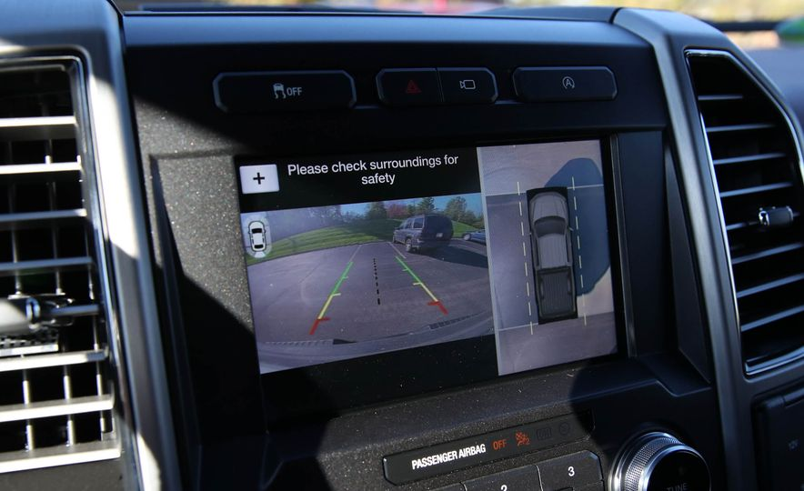 2018 Ford F-150 Platinum - Slide 40