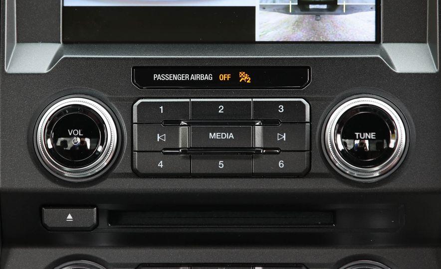 2018 Ford F-150 Platinum - Slide 44