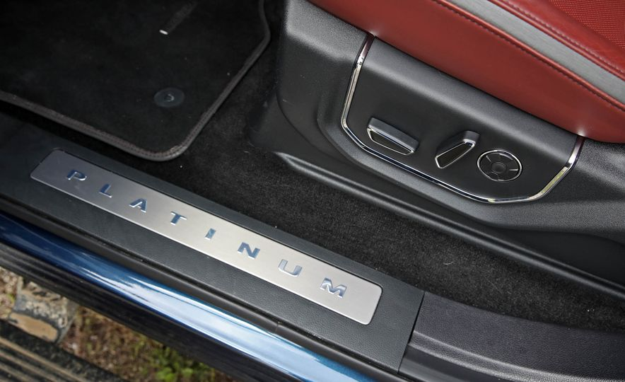 2018 Ford F-150 Platinum - Slide 58