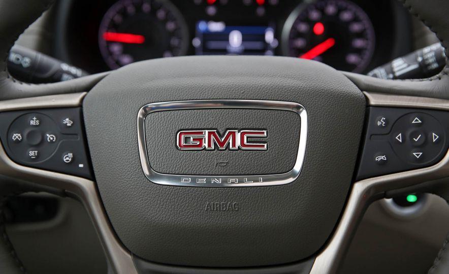 2018 GMC Terrain 2.0T AWD - Slide 31