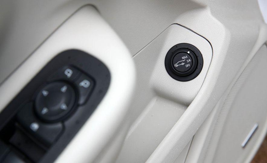 2018 GMC Terrain 2.0T AWD - Slide 34