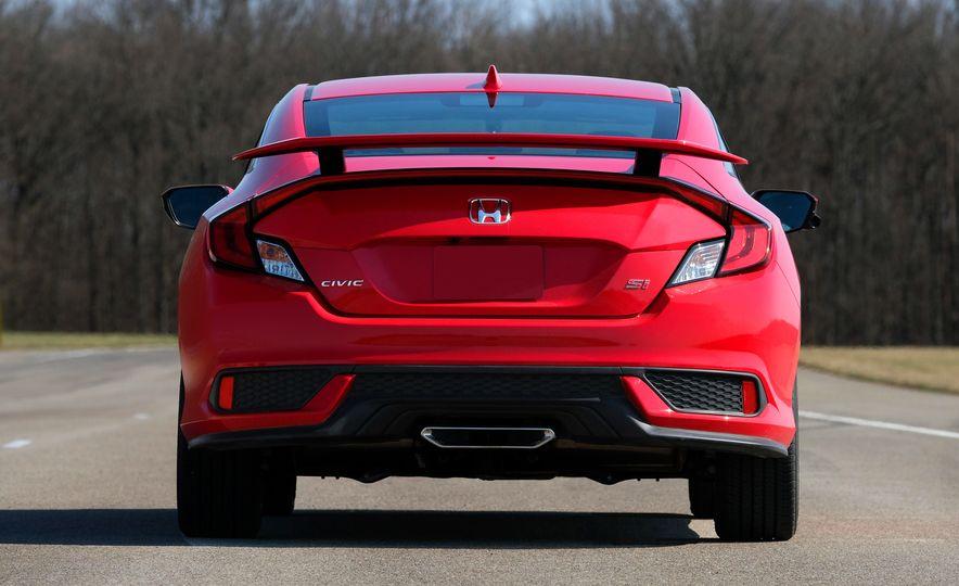 2018 Honda Civic Si sedan, Civic Sport, and Civic Type R - Slide 10