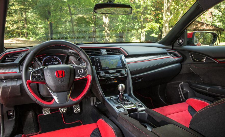 2018 Honda Civic Si sedan, Civic Sport, and Civic Type R - Slide 21